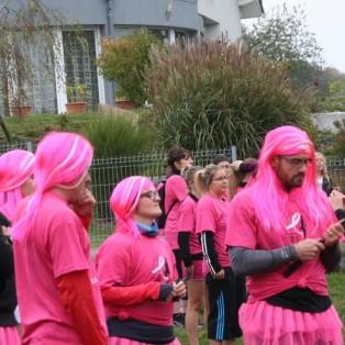 Les jeunes filles avec des cheveux pink!